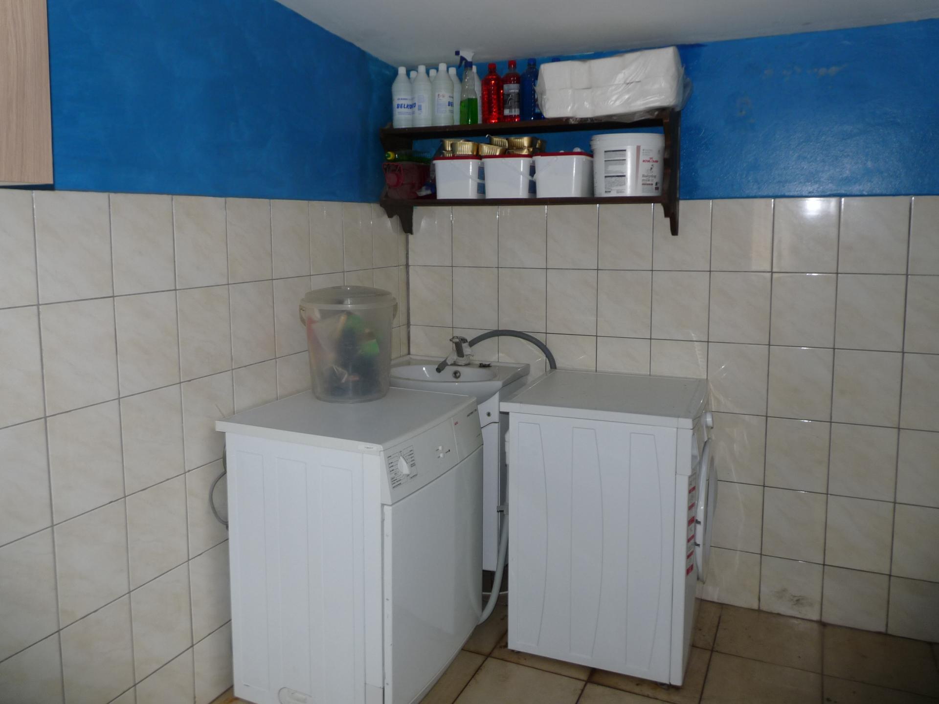 Washing machine 1